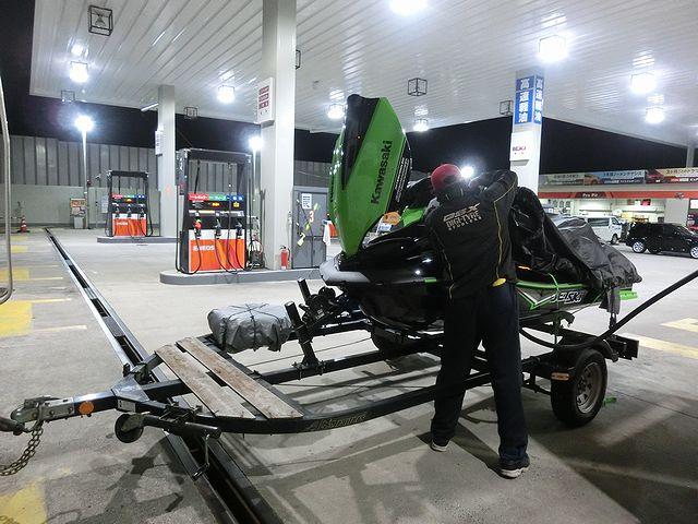 ジェットスキー ガソリン