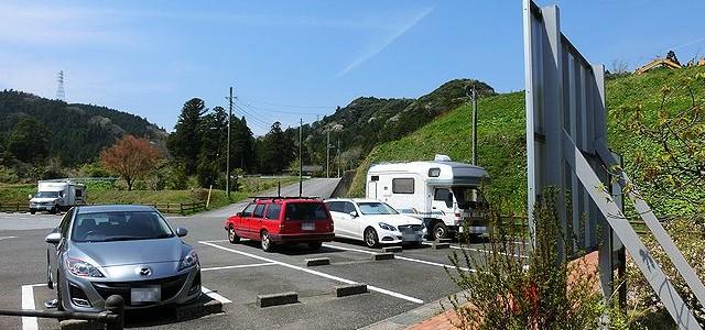 キャンピングカー 駐車場