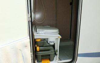 キャンピングカー カセットトイレ