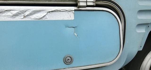 キャンピングカー 修理