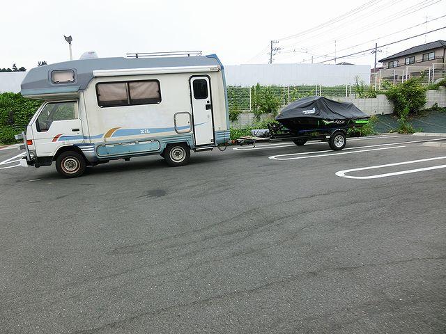 キャンピングカー ジェットスキー