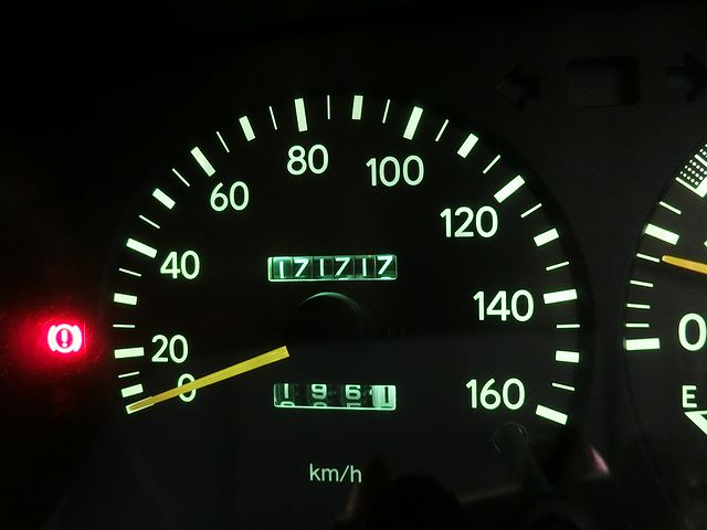 キャンピングカー スピードメーター