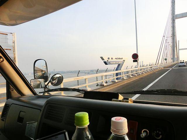 キャンピングカー 高速道路
