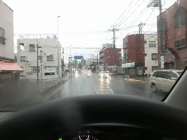 ハイエース ドライブ