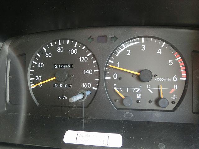 キャンピングカー 燃料計